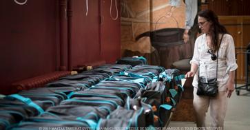 Distribution de produits d'hygiène pour bébé à des familles dans le besoin